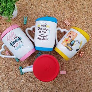 mugs personalizados en Medellin, con tapa de silicona